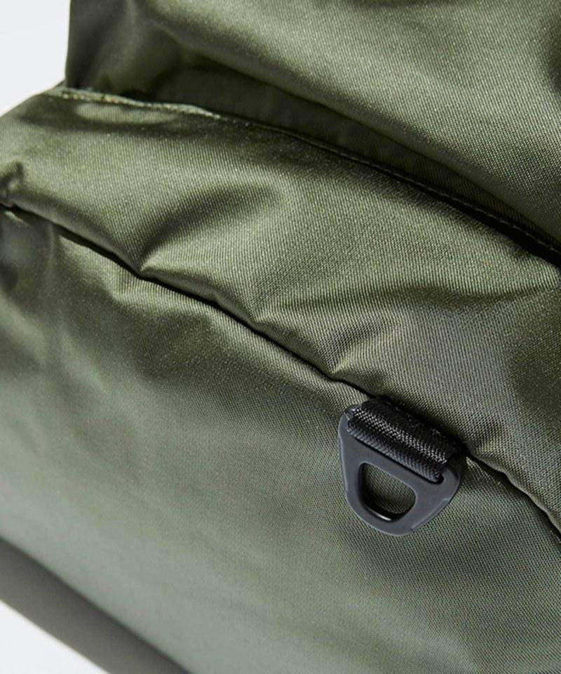 FCE3084 SATIN DAY BAG 緞面後背包