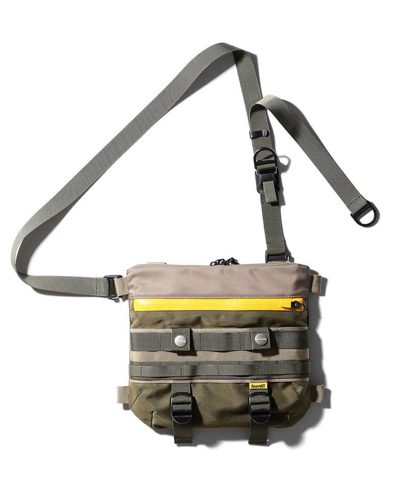 PLT9933 PLATEAU X 4D P4 MARK5 SHOULDER BAG 聯名肩背包